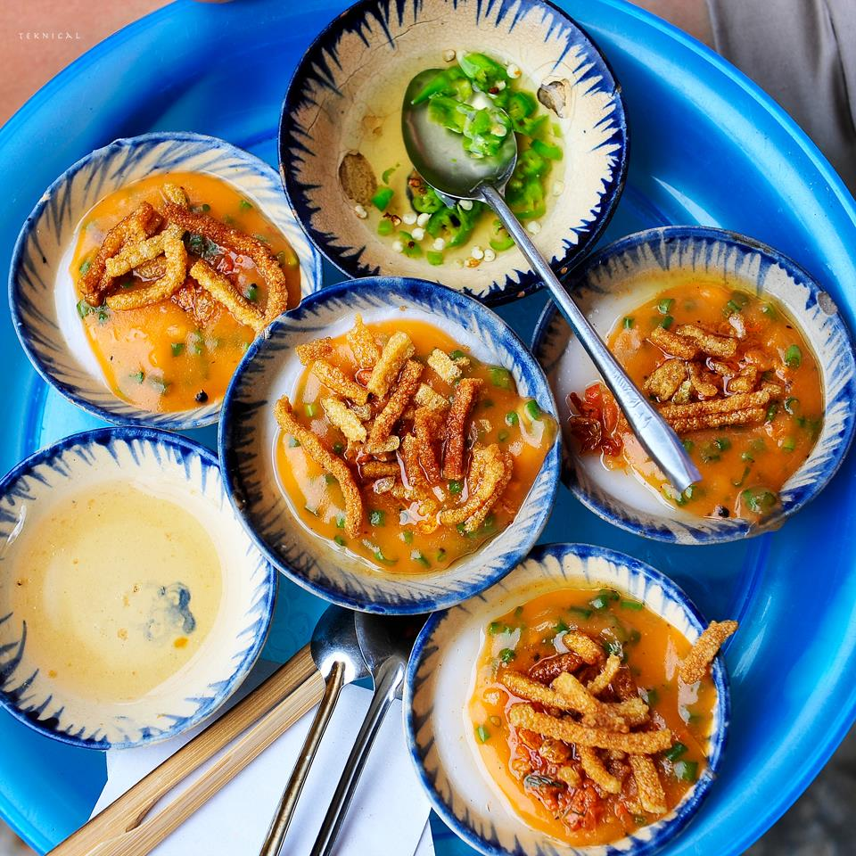 Top street food under 20 cent in Hoi An